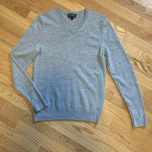 Express Grey Merino Wool Fitted V-Neck Sweater